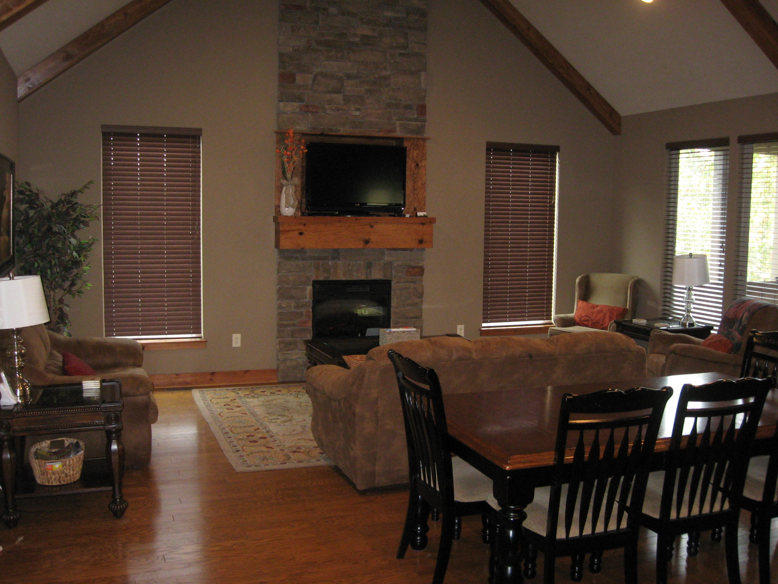 Branson Canyon Vacation Rentals GAL Great room