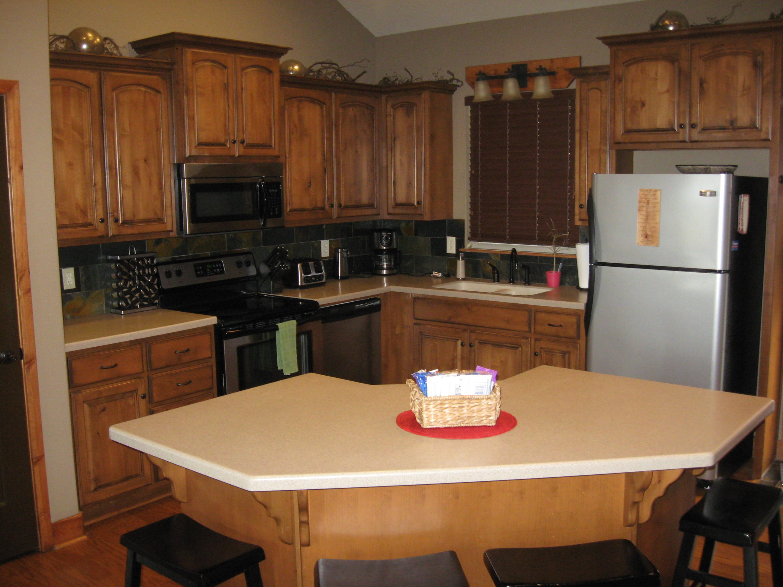 Branson Canyon Vacation Rentals GAL Kitchen