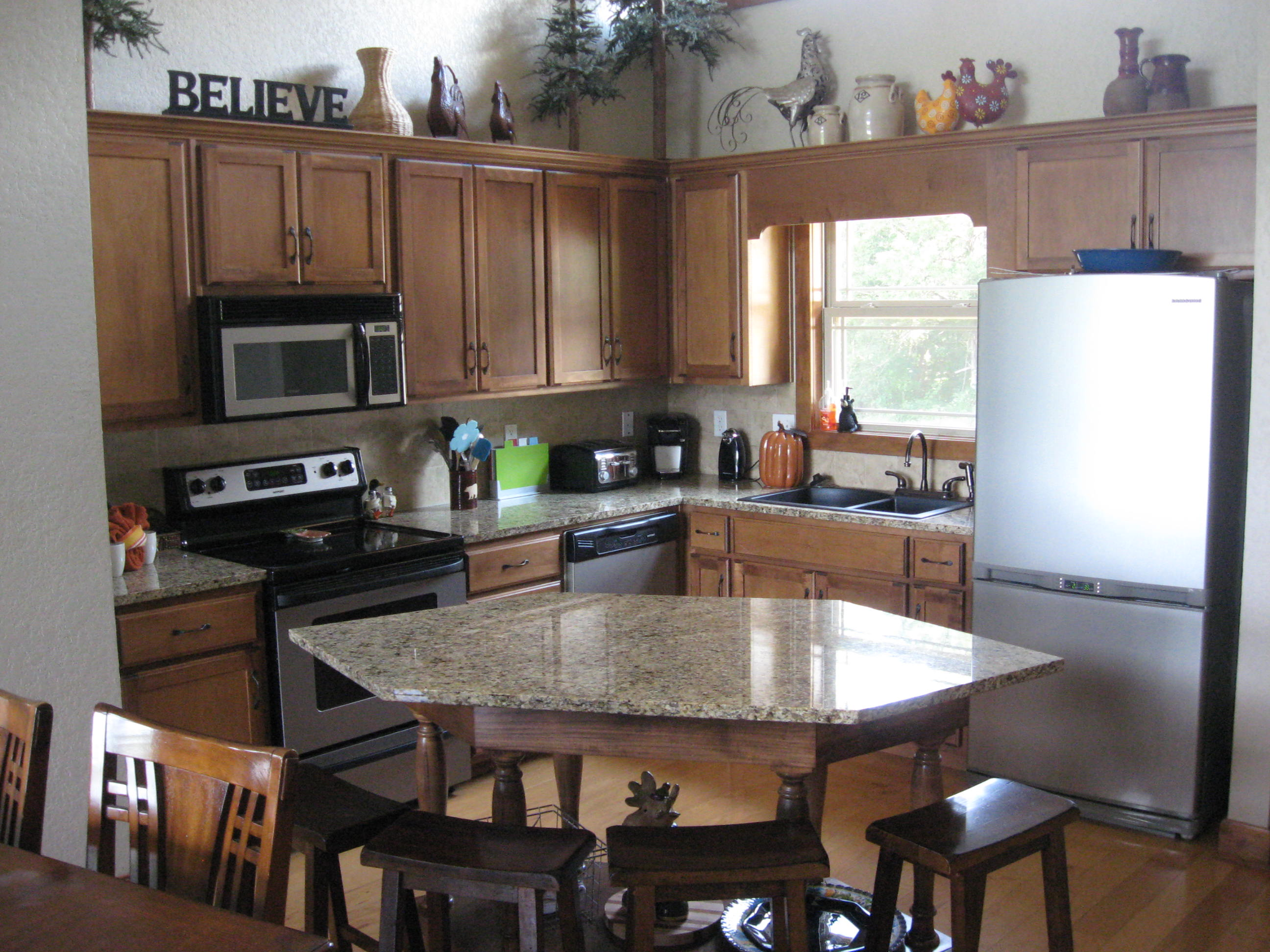 branson canyon vacation rental Alpine Lakeview - Fully stocked kitchen